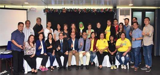 Participants during the first pledge to end cervical cancer participants